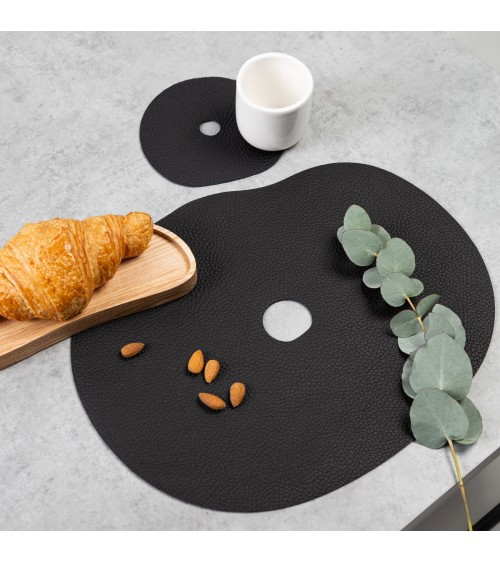 Black table placemat and coaster