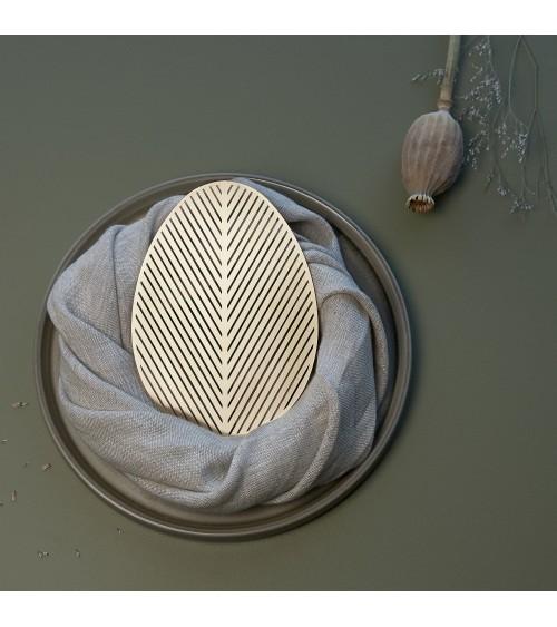 Žalvarinė stalo dekoro detalė Velykoms